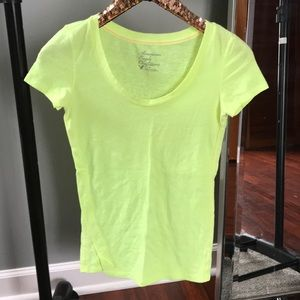 American Eagle Fitted Scoop Neck Tee